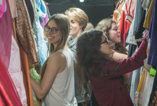 Kostüm-Fundus-flohmarkt